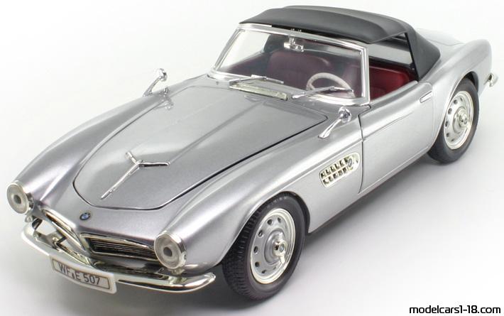 1956 Bmw 507 Cabrio Revell 1 18 Details