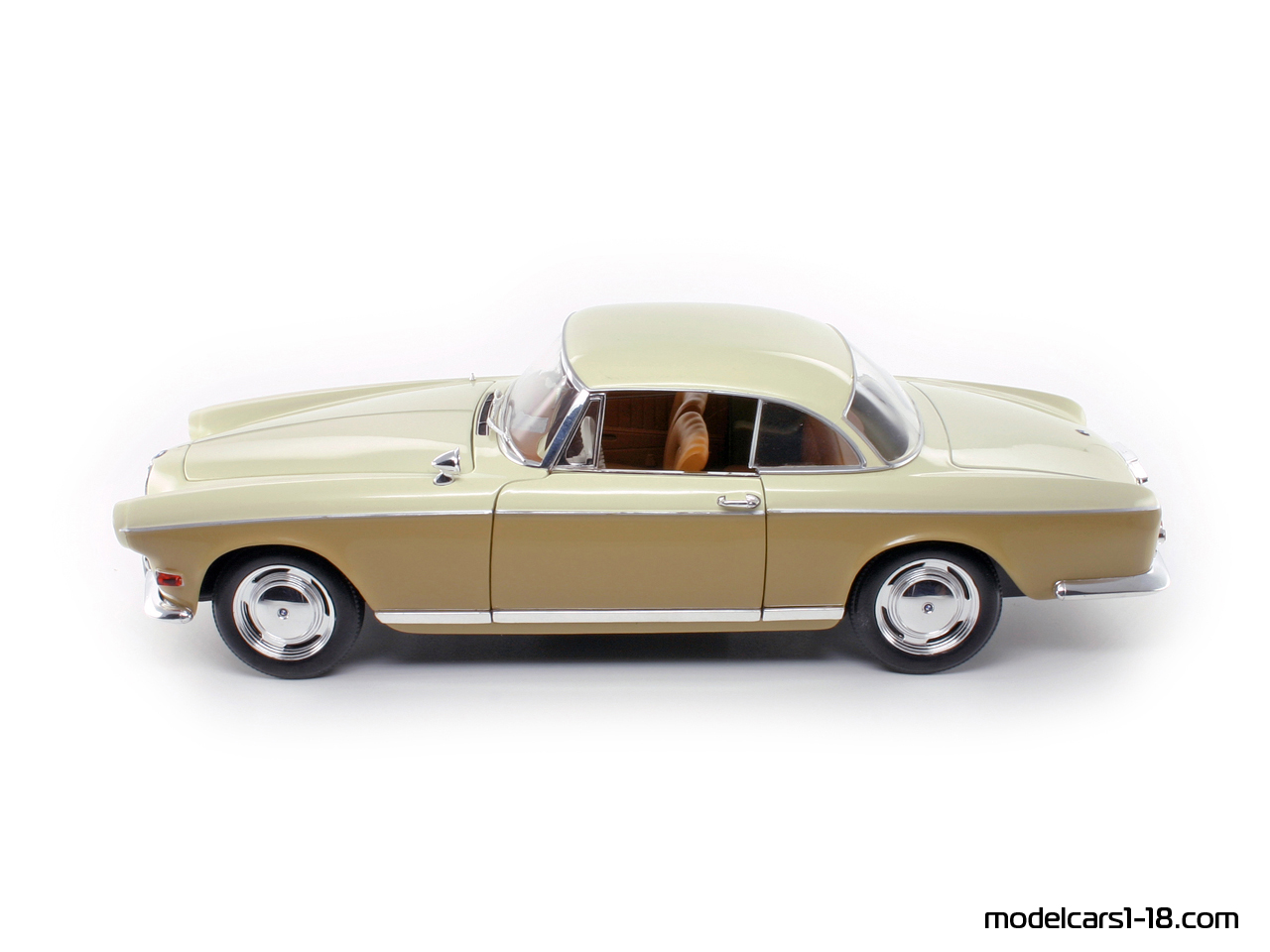1956 - BMW 503 coupe Revell 1/18 - Gallery