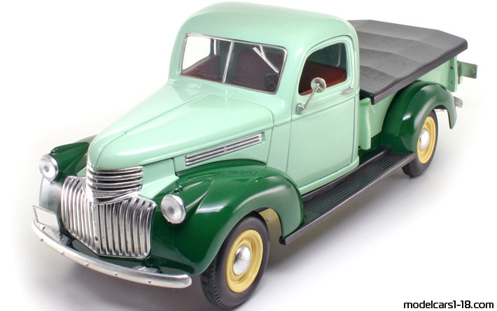 1946 - Chevrolet Pick Up Truck, Solido  1/19