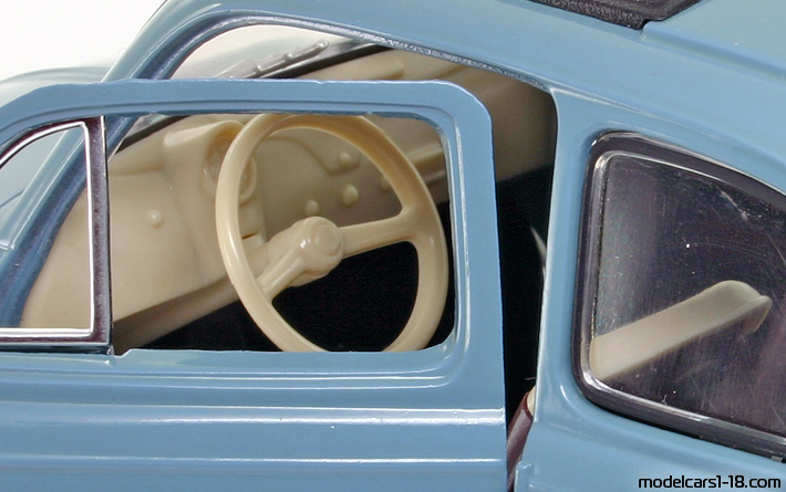1957 - Fiat 500 Solido 1/16 - Interior Dashboard