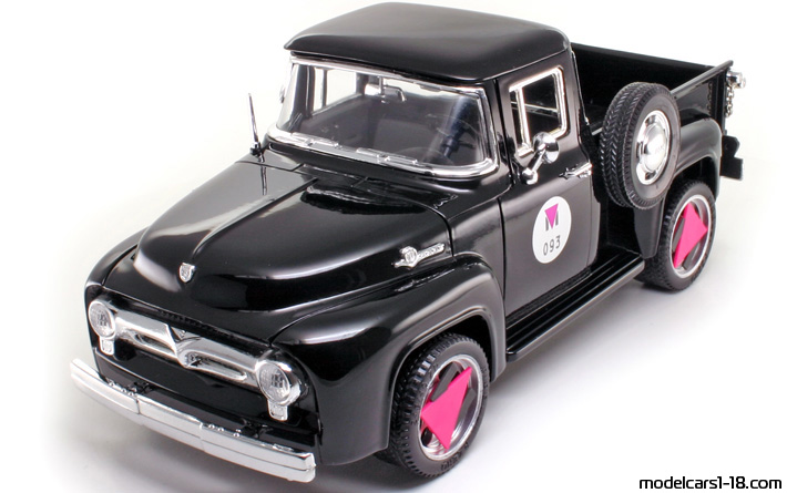 1956 - Ford F-100 Mira 1/18 - Front Left Side