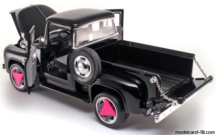 1956 - Ford F-100 Mira 1/18 - All Opening Parts