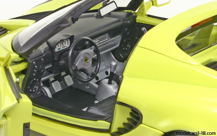 2003 - Lotus Elise 111S Welly 1/18 - Interior Dashboard