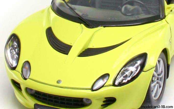 2003 - Lotus Elise 111S Welly 1/18 - Trunk / Popup Headlights