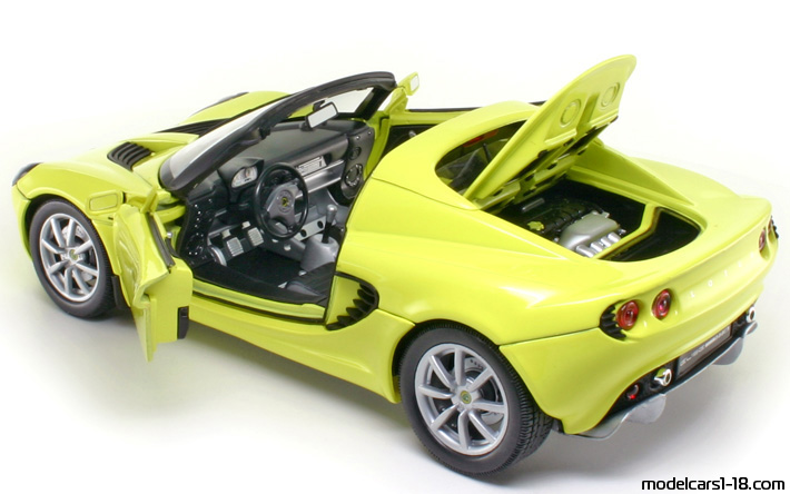 2003 - Lotus Elise 111S Welly 1/18 - All Opening Parts