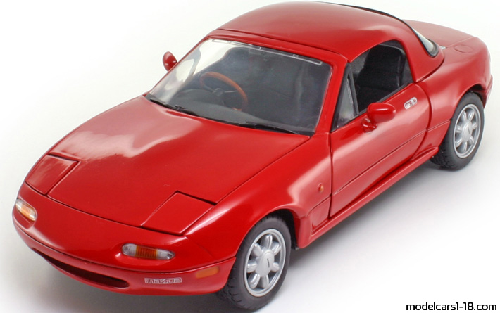 1989 mazda mx 5 coupe cabrio kyosho 1 18 details. Black Bedroom Furniture Sets. Home Design Ideas