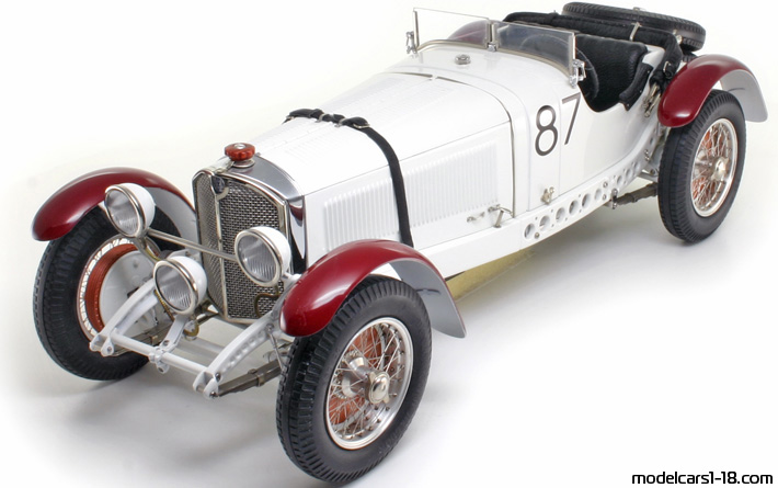 1931 - Mercedes SSKL (W06) CMC 1/18 - Front Left Side