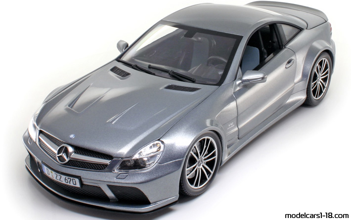 2009 - Mercedes SL 65 AMG Black Series (R230 II), Minichamps  1/18