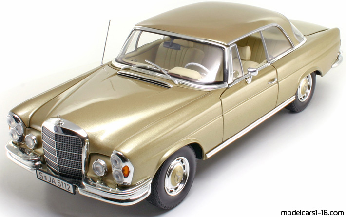1969 - Mercedes 280 SE (W112) Norev 1/18 - Front Left Side