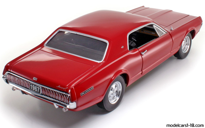 1967 - Mercury Cougar XR7 Sun Star 1/18 - Rear Right Side