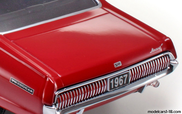 1967 - Mercury Cougar XR7 Sun Star 1/18 - Trunk / Popup Headlights