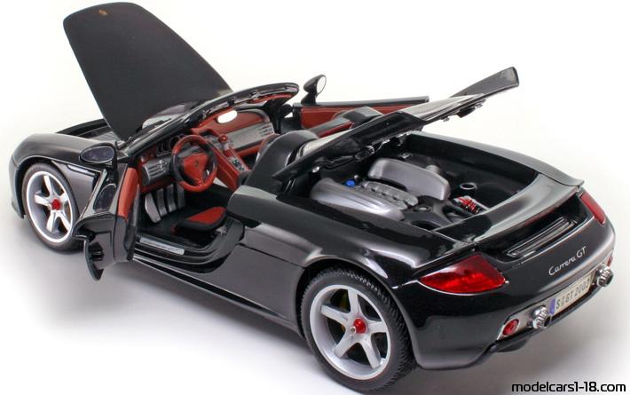 2004 - Porsche Carrera GT (980) cabrio Maisto 1/18 - Details